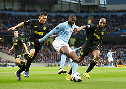17.04.2013, Etihad Stadion, Manchester, ENG, Premier League, Manchester City vs Wigan Athletic, 29. Runde, im Bild Manchester City's Yaya Toure in action against Wigan Athletic during the English Premier League 29th round match between Manchester City and Wigan Athletic at the Etihad Stadium, Manchester, Great Britain on 2013/04/17. EXPA Pictures © 2013, PhotoCredit: EXPA/ Propagandaphoto/ David Rawcliffe..***** ATTENTION - OUT OF ENG, GBR, UK *****
