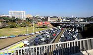 FUDBAL, JOHANEZBURG, 11. Jun. 2010. - Atmosfera na ulicama Johanezburga pred otvaranje Svetskog prvenstva u fudbalu i meca izmedju Juzne Afrike i Meksika. Foto: Nenad Negovanovic