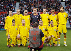 Manchester, England - Thursday, April 26, 2007: Liverpool's players line-up for a team photo before facing Manchester United during the FA Youth Cup Final 2nd Leg at Old Trafford. Back row L-R: Jimmy Ryan, Robbie Threlfall, Michael Burns, goalkeeper David Roberts, Craig Lindfield, Stephen Darby, Astrit Ajdarevic. Front row L-R: Ryan Flynn, Ray Putterill, captain Jay Spearing and Charlie Barnett. (Pic by David Rawcliffe/Propaganda)