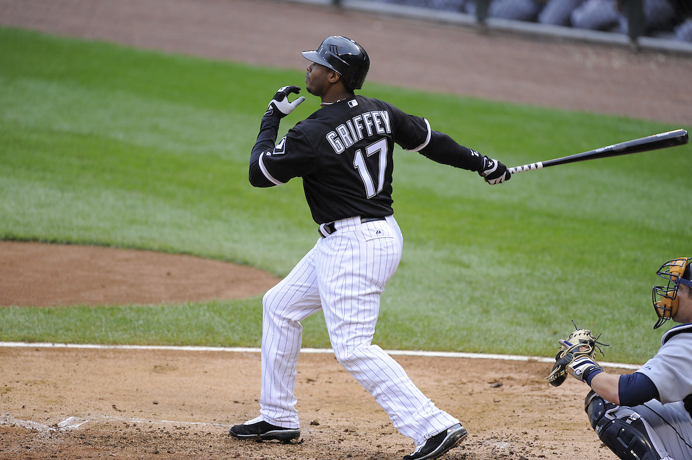 CHICAGO - SEPTEMBER 14:  Ken Griffey Jr. #17 of the Chicago White Sox bats during the first game of a double header against the Detroit Tigers at U.S. Cellular Field in Chicago, Illinois on September 14, 2008.  The White Sox defeated the Tigers in Game One 4-2.  (Photo by Ron Vesely)
