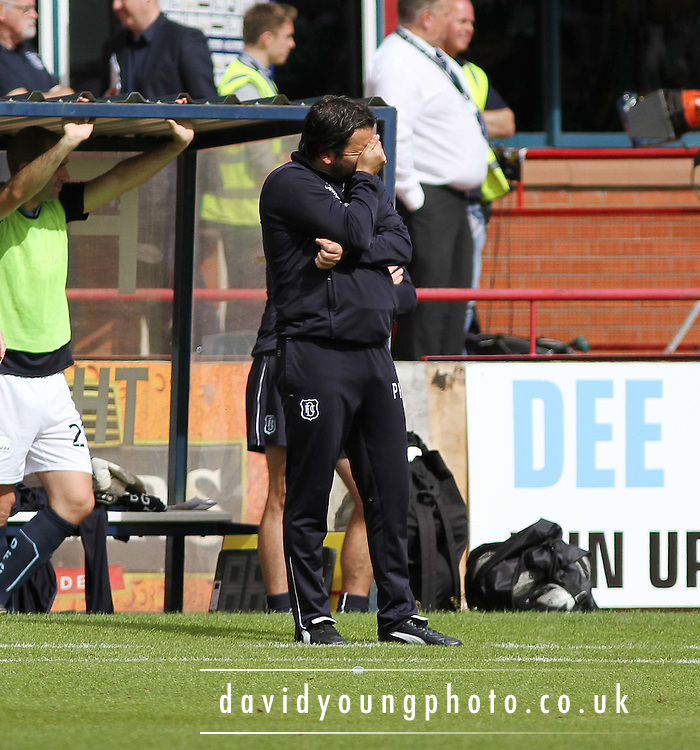 Dundee manager Paul Hartley dejection at a missed chance - Dundee v Celtic SPFL Premiership at Dens Park<br /> <br />  - &copy; David Young - www.davidyoungphoto.co.uk - email: davidyoungphoto@gmail.com