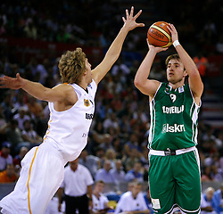 Dirk Nowitzki of Germany vs Matjaz Smodis of Slovenian National Team at European Championships in Madrid, on September 10, 2007, at Madrid, Spain. (Photo by Vid Ponikvar / Sportida)