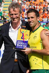THE HAGUE - Rabobank Hockey World Cup 2014 - 15-06-2014 - MEN - FINAL AUSTRALIA - THE NETHERLANDS 6-1 - Mark Knowles kreeg de prijs voor beste speler van het toernooi.<br /> Copyright: Willem Vernes