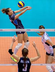 20-05-2016 JAP: OKT Italie - Nederland, Tokio<br /> De Nederlandse volleybalsters hebben een klinkende 3-0 overwinning geboekt op Itali&euml;, dat bij het OKT in Japan nog ongeslagen was. Het met veel zelfvertrouwen spelende Oranje zegevierde met 25-21, 25-21 en 25-14 / Monica De Gennaro #6 of Italie