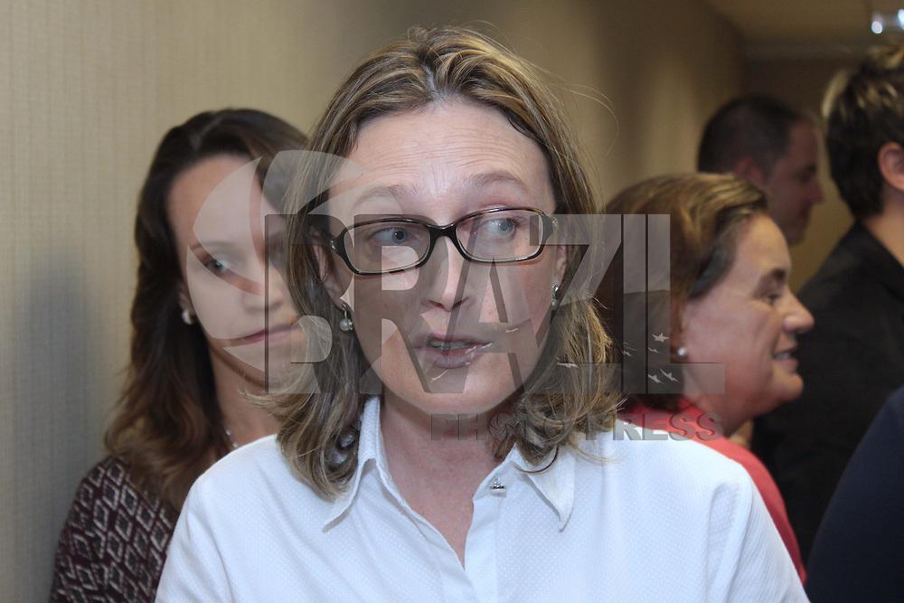 BRASÍLIA, DF 04 DE ABRIL 2013. SEMINÁRIO BRASIL - UNIÃO EUROPÉIA SOBRE COMBATE A VIOLÊNCIA A POPULAÇÃO LGBT - A ministra Maria do Rosário da Secretaria de Direitos Humanos da Presidência da República, participou do Seminário Brasil - União Européia sobre combate a violência a população LGBT nesta manhã de quinta feira (04). FOTO RONALDO BRANDÃO / BRAZIL PHOTO PRESS