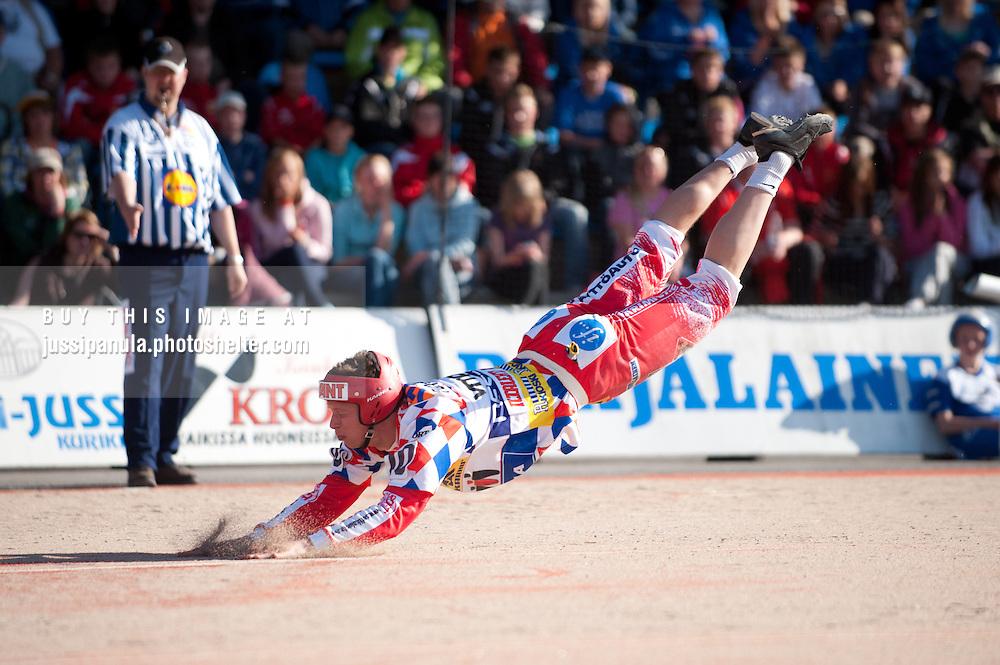 Koskenkorvan Urheilijat vs Nurmon Jymy, 20100622. Pelipaikka: Koskenkorvan Urheilustadion
