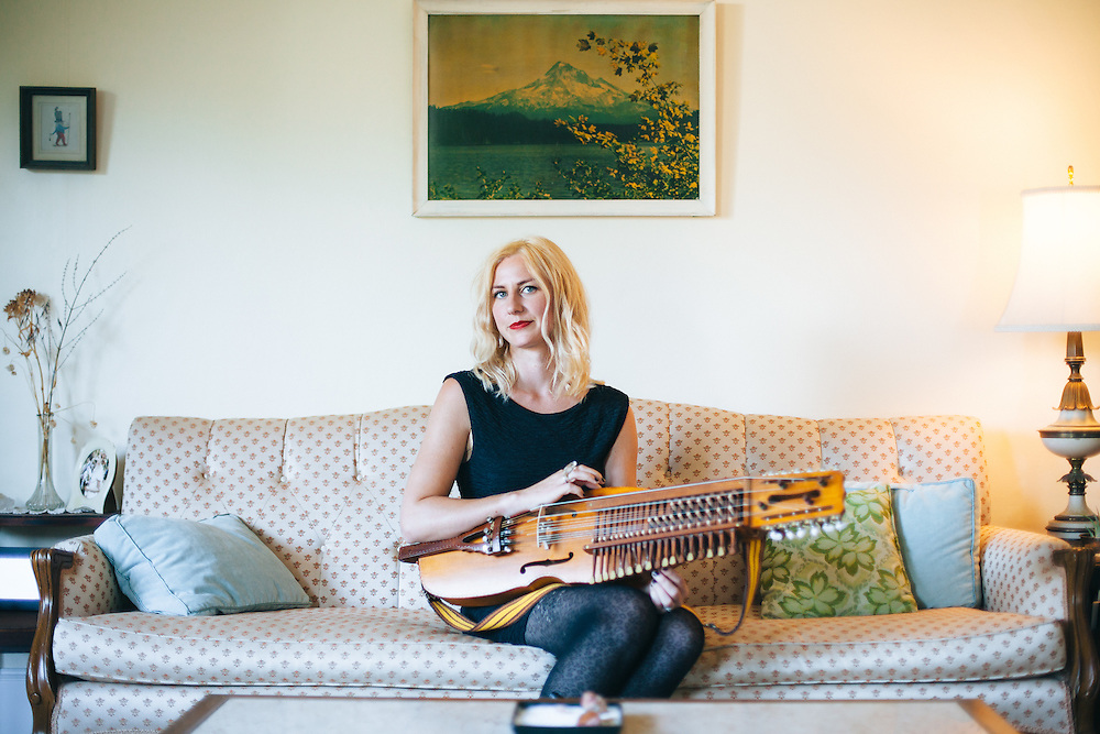 Annalisa Tornfelt photographed at home with her Nyckelharpa.