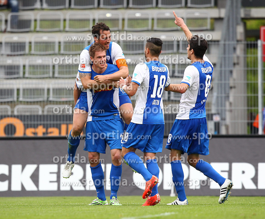03.05.2015, Scholz Arena, Aalen, GER, 2. FBL, VfR Aalen vs VfL Bochum, 31. Runde, im Bild Simon Terodde ( VfL Bochum ) Patrick Fabian ( VfL Bochum ) Danny Latza ( VfL Bochum ) Anthony Losilla ( VfL Bochum ) Jubel nach dem 0:2 // during the 2nd German Bundesliga 31th round match between VfR Aalen and VfL Bochum at the Scholz Arena in Aalen, Germany on 2015/05/03. EXPA Pictures &copy; 2015, PhotoCredit: EXPA/ Eibner-Pressefoto/ Langer<br /> <br /> *****ATTENTION - OUT of GER*****