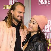NLD/Amsterdam/20191007 - Premiere van De Alex Klaasen Revue - Showponies 2, Birgit Schuurman en partner Sander van Haarlem
