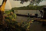 A motorista locks his boat to the dock - Communidad Siete de Augosto - Amazonas - Colombia