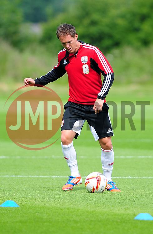 Bristol City's Neil Kilkenny - Photo mandatory by-line: Dougie Allward/JMP - Tel: Mobile: 07966 386802 27/06/2013 - SPORT - FOOTBALL - Bristol -  Bristol City - Pre Season Training - Npower League One