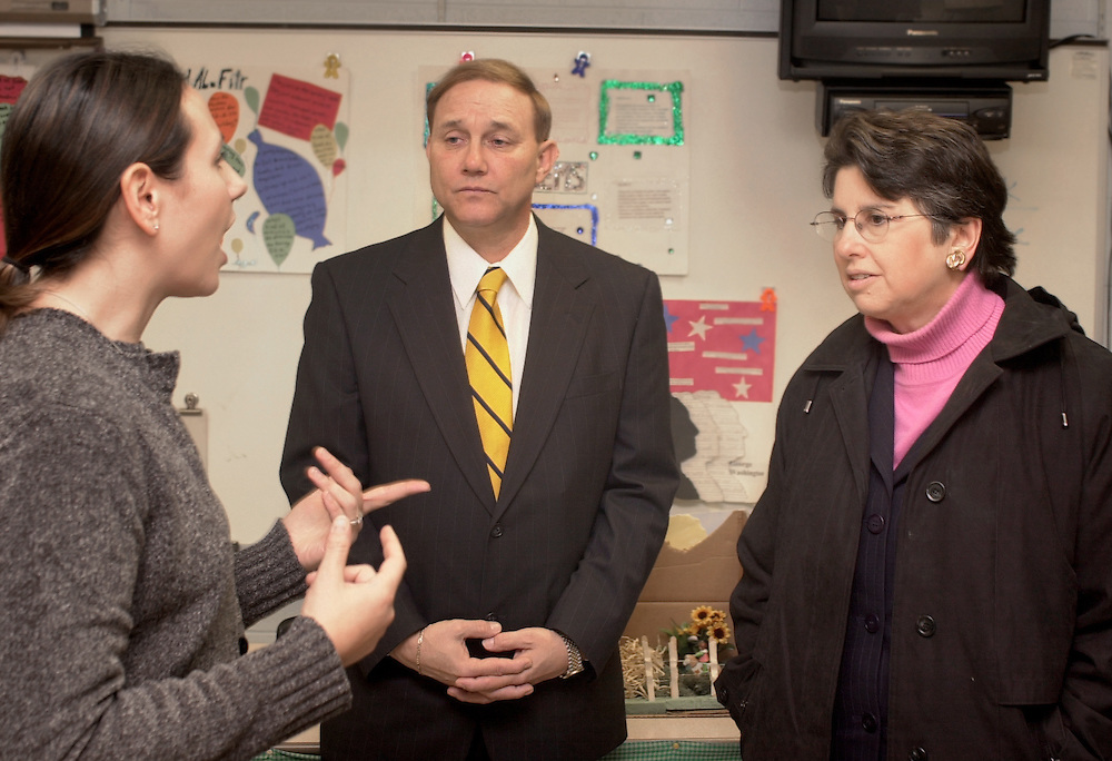 15622East Elementary: State Superintendent visiting classrooms