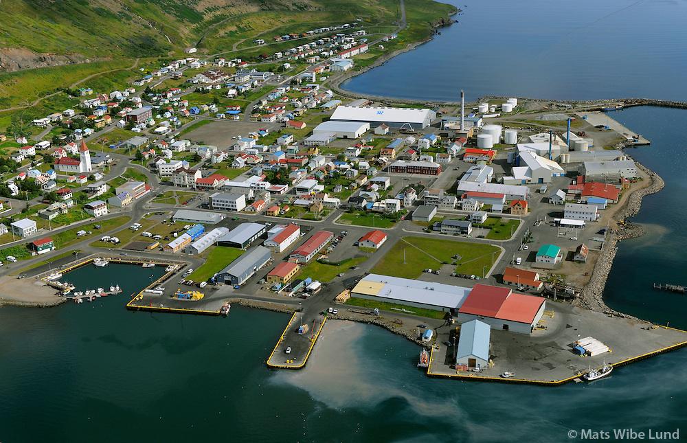 Siglufjörður séð til norðurs, Fjallabyggð / Siglufjordur viewing north, Fjallabyggd.