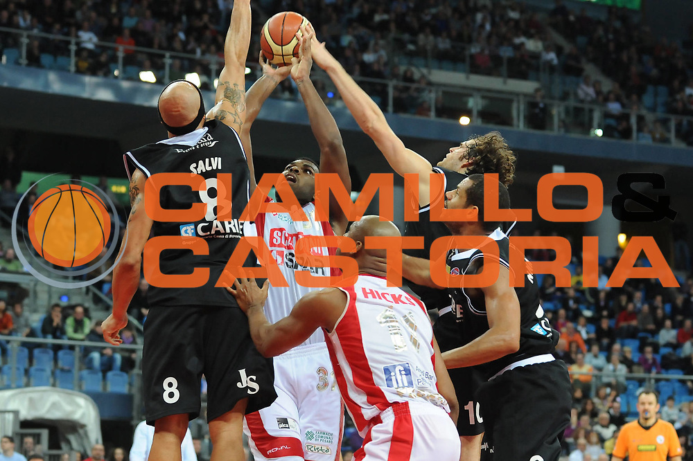 DESCRIZIONE : Pesaro Lega A 2009-10 Scavolini Spar Pesaro Carife Ferrara<br /> GIOCATORE : Eric Williams<br /> SQUADRA : Scavolini Spar Pesaro<br /> EVENTO : Campionato Lega A 2009-2010<br /> GARA : Scavolini Spar Pesaro Carife Ferrara<br /> DATA : 13/12/2009<br /> CATEGORIA : tiro<br /> SPORT : Pallacanestro<br /> AUTORE : Agenzia Ciamillo-Castoria/M.Marchi<br /> Galleria : Lega Basket A 2009-2010 <br /> Fotonotizia : Pesaro Campionato Italiano Lega A 2009-2010 Scavolini Spar Pesaro Carife Ferrara<br /> Predefinita :