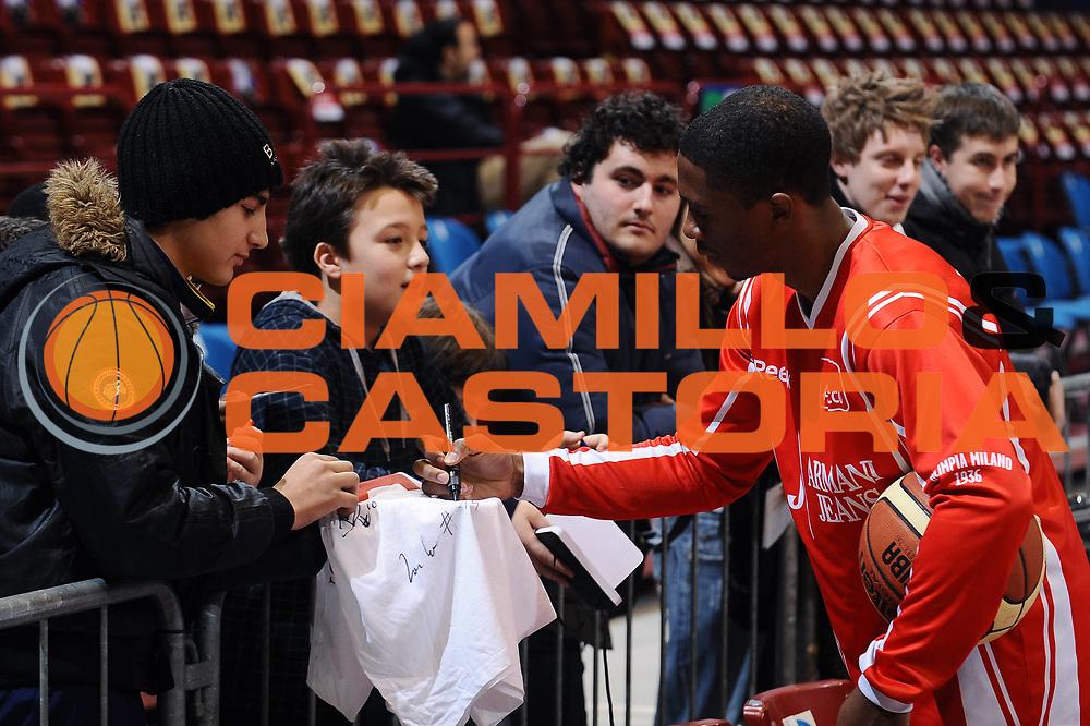 DESCRIZIONE : Milano Lega A 2009-10 Armani Jeans Milano Angelico Biella<br />GIOCATORE : Morris Finley<br />SQUADRA : Armani Jeans Milano<br />EVENTO : Campionato Lega A 2009-2010 <br />GARA : Armani Jeans Milano Angelico Biella <br /> DATA : 10/01/2010<br />CATEGORIA : Ritratto Before<br />SPORT : Pallacanestro <br />AUTORE : Agenzia Ciamillo-Castoria/A.Dealberto<br />Galleria : Lega Basket A 2009-2010 <br />Fotonotizia : Milano Campionato Italiano Lega A 2009-2010 Armani Jeans Milano Angelico Biella<br />Predefinita :