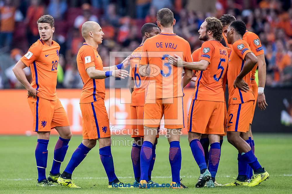Dutch team celebrating the victory, Arjen Robben of Netherlands (2L), Stefan de Vrij of Netherlands (M), Marco van Ginkel of Netherlands (L), Daley Blind of Netherlands (2R), Kenny Tete of Netherlands (R) after the 2018 FIFA World Cup Qualifying match at Amsterdam Arena, Amsterdam<br /> Picture by Joep Joseph Leenen/Focus Images Ltd +316 5261929<br /> 03/09/2017<br /> ***NETHERLANDS OUT***