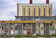 Nederland, Eindhoven, 11-8-2011Gesloten fabrieken van Philips in de wijk Strijp.Veel productie van Philips is in de loop van de jaren verplaatst naar landen met lage lonen, zoals zuid europa en azie.Foto: Flip Franssen/Hollandse Hoogte