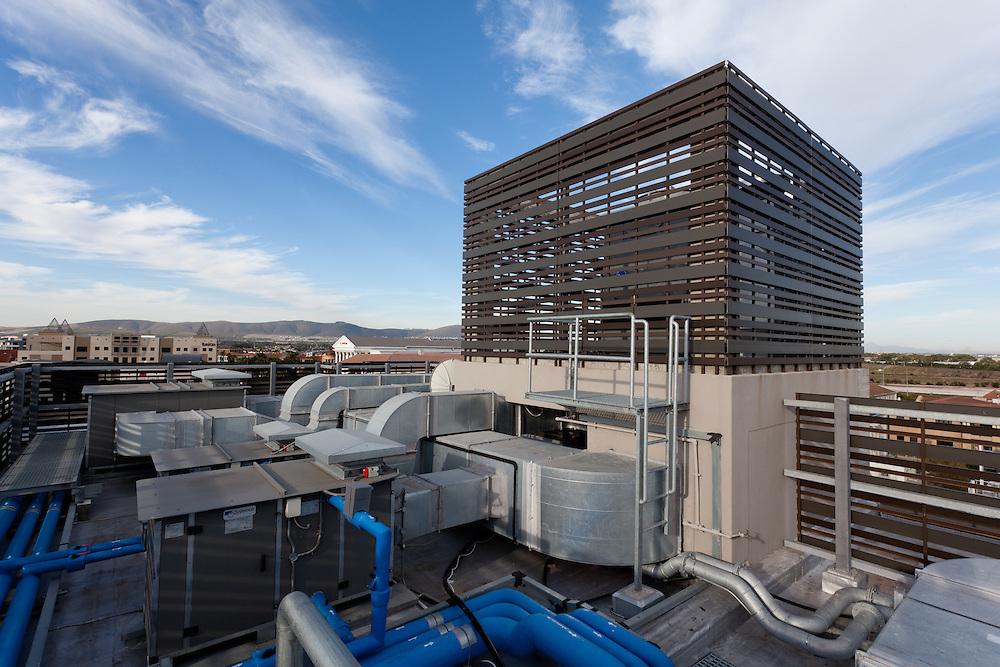 Aurecon Cape Town head office roof mechanical equipment