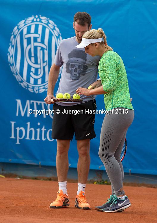 Sabine Lisicki (GER) trainiert mit ihrem Trainer Christopher Kas<br /> <br /> Tennis - BMW Open - ATP -   MTTC Iphitos - Muenchen -  - Germany  - 26 April 2015. <br /> &copy; Juergen Hasenkopf