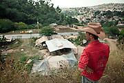 Belo Horizonte_MG, 04 de Julho de 2011...Acampamento de ciganos no Bairro Sao Gabriel...FOTO: JOAO MARCOS ROSA / NITRO