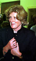 LADY FELLOWES, sister of the late Diana, Princess of Wales, at a party in London on 11th October 1999.MXK 65