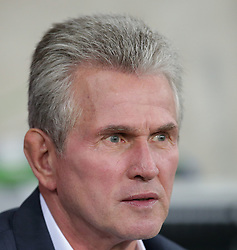23.10.2012, Grand Stade Lille Metropole, Lille, OSC Lille vs FC Bayern Muenchen, im Bild Trainer Jupp HEYNCKES (FC Bayern Muenchen) // during UEFA Championsleague Match between Lille OSC and FC Bayern Munich at the Grand Stade Lille Metropole, Lille, France on 2012/10/23. EXPA Pictures © 2012, PhotoCredit: EXPA/ Eibner/ Gerry Schmit..***** ATTENTION - OUT OF GER *****