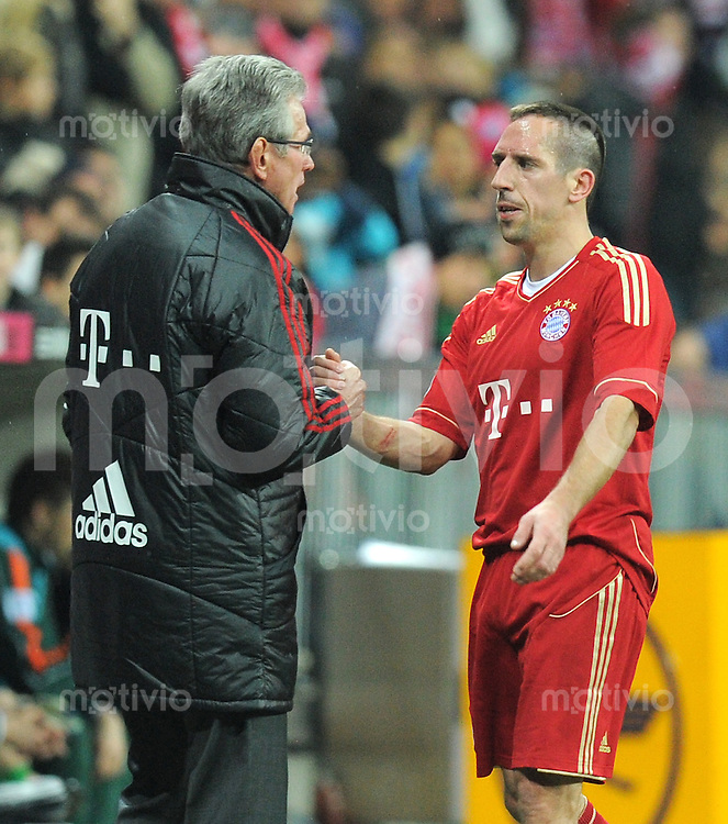 FUSSBALL   1. BUNDESLIGA  SAISON 2011/2012   15. Spieltag FC Bayern Muenchen - SV Werder Bremen        03.12.2011 Trainer Jupp Heynckes , Franck Ribery (v. li., FC Bayern Muenchen)