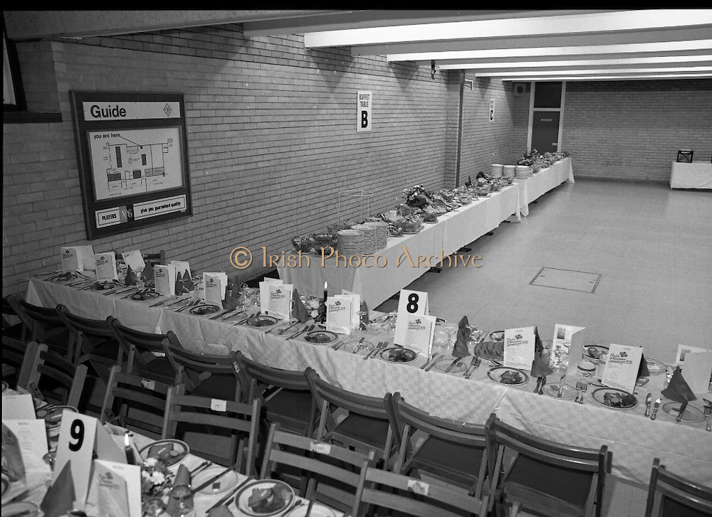 Jacobs Radio & Television Awards.    (M64)..1979..30.03.1979..03.30.1979..30th March 1979..The Annual Jacobs Radio & Television Awards were held ,this year,at the function rooms in Leopardstown Racecourse, Co Dublin..Image shows the function laid out for the personalities and dignitaries who would be entertained there.
