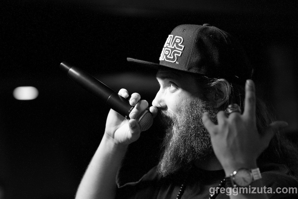 Andy O (Andrew Heikkila) performs at Axiom Tha Wyze's Release Party for his first solo EP titled Production Dezign, on July 1, 2016 at The Olympic Venue in Boise, Idaho. (Gregg Mizuta/greggmizuta.com)<br /> <br /> The event included performances from the entire Earthlings Crew including: Gage Atg Anderson, Clev Speech, Andy O., ZERO, Corevette Dance, as well as brand new music from Axiom Tha Wyze.