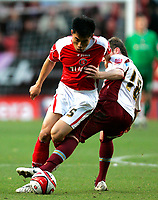 Photo: Tom Dulat/Sportsbeat Images.<br /> <br /> Charlton Athletic v Burnley. Coca Cola Championship. 01/12/2007.<br /> <br /> Alan Mahon of Burnley and Zheng Zhi of Charlton Athletic with the ball.