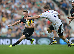 Saracens Winger Chris Ashton attacks down the wing.- Photo mandatory by-line: Alex James/JMP - 07966 386802 - 06/09/2014 - SPORT - RUGBY UNION - London, England - Twickenham Stadium - Saracens v Wasps - Aviva Premiership London Double Header.