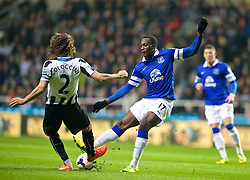 25.03.2014, St. James Park, Newcastle, ENG, Premier League, Newcastle United vs FC Everton, 28. Runde, im Bild Everton's Romelu Lukaku in action against Newcastle United // during the English Premier League 28th round match between Newcastle United and Everton FC at the St. James Park in Newcastle, Great Britain on 2014/03/25. EXPA Pictures © 2014, PhotoCredit: EXPA/ Propagandaphoto/ David Rawcliffe<br /> <br /> *****ATTENTION - OUT of ENG, GBR*****
