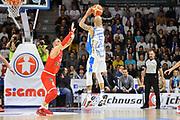 DESCRIZIONE : Beko Legabasket Serie A 2015- 2016 Playoff Quarti di Finale Gara3 Dinamo Banco di Sardegna Sassari - Grissin Bon Reggio Emilia<br /> GIOCATORE : David Logan<br /> CATEGORIA : Tiro Tre Punti Three Point Controcampo<br /> SQUADRA : Dinamo Banco di Sardegna Sassari<br /> EVENTO : Beko Legabasket Serie A 2015-2016 Playoff<br /> GARA : Quarti di Finale Gara3 Dinamo Banco di Sardegna Sassari - Grissin Bon Reggio Emilia<br /> DATA : 11/05/2016<br /> SPORT : Pallacanestro <br /> AUTORE : Agenzia Ciamillo-Castoria/C.Atzori