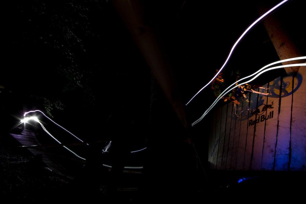 Event: Red Bull Trail Fox 2010?Photoshoot on Sunset Trail?Athlete: Rene Wildhaber