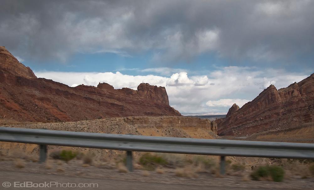 Interstate 70 and US highway US 50,  climb the San Rafael Swell of Green River, Utah panorama