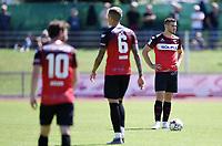 Fussball  Regionlaliga Suedwest 2019/2020   3. Spieltag    TSG Balingen - FC Astoria Walldorf   10.08.2019 Enttaeuschung TSG Balingen; Hannes Scherer (re) nach dem 0-2 Gegentor