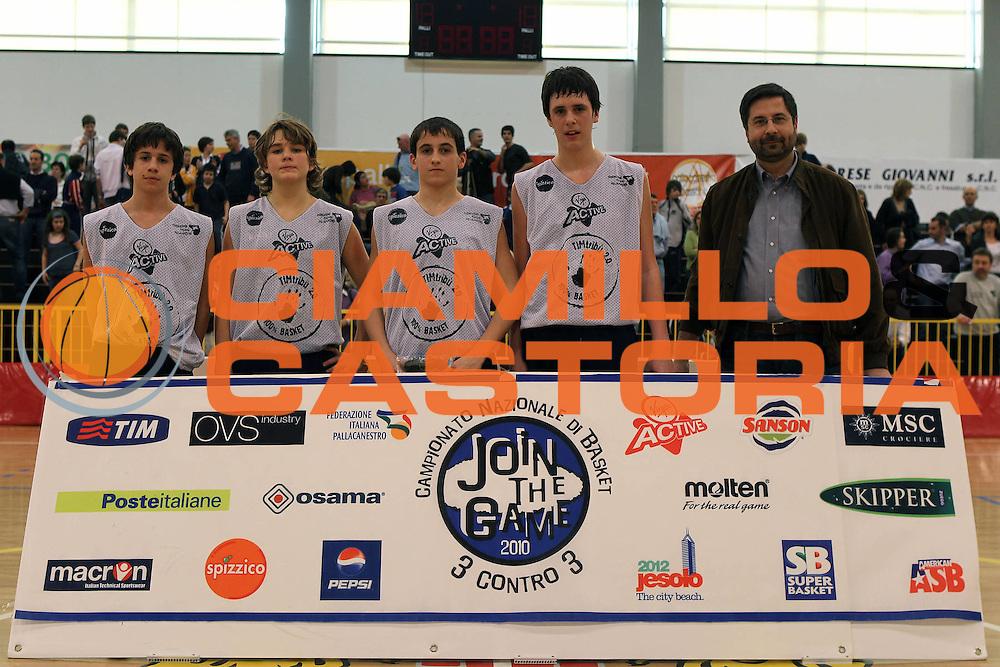 DESCRIZIONE : Bassano Vicenza Veneto VIII edizione di Join the Game 2010  &ndash; Trofeo TIM<br /> GIOCATORE : Secondi Classificati under 14 <br /> SQUADRA : Maschile<br /> EVENTO : Join the Game Trofeo TIM 2010 <br /> GARA : Join the Game Trofeo TIM <br /> DATA : 28/03/2010<br /> CATEGORIA : Ritratto<br /> SPORT : Pallacanestro <br /> AUTORE : Agenzia Ciamillo-Castoria/G.Contessa<br /> Galleria : Campionato Nazionale Basket 3 contro 3 2010 <br /> Fotonotizia : Bassano Vicenza Veneto VIII edizione di Join the Game 2010 &ndash; Trofeo TIM<br /> Predefinita :