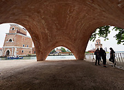 "FREESPACE - 16th Venice Architecture Biennale. Arsenale. Norman Foster Foundation, ""Prototype Droneport Shell""."