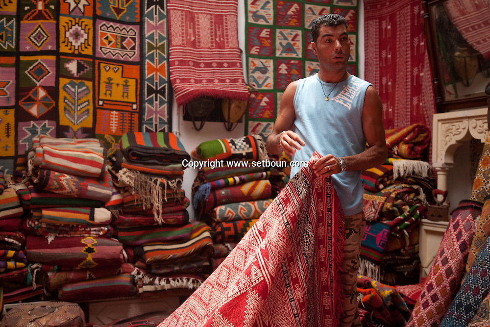 souk market medina; in theold city  Nabeul - Tunisie  .///.souk marche medina, la vielle ville  Nabeul - Tunisie .///.TUNIS231