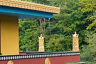 Belgie,  Hui, 20141009<br /> Instituut Yeuten Ling in Huy, een klooster van de Tibetaans boeddhistische gemeenschap in Belgi&euml; in de stad Huy. Het Tibetaans Instituut is niet echt een klooster of leefgemeenschap, maar meer een cultureel centrum.<br /> de grote, nieuwe tempel Thubten Shedrub Ling wat &ldquo;tuin voor studie en onderricht van de Verlichte&rdquo; betekent. De Dalai Lama gaf de tempel deze naam in de wens dat deze gebruikt wordt als ontmoetingsplaats tussen Oost en West.<br /> <br /> Belgium,  Huy<br /> Institute Yeuten Ling in Huy, a monastery of the Tibetan Buddhist community in Belgium in the city of Huy. The Tibetan Institute is not a monastery or community, but rather a cultural center<br /> the large new temple Thubten Ling Shedrub what &quot;garden for study and teaching of the Enlightened&quot; means. The Dalai Lama gave the temple the name in the hope that it will be used as a meeting place between East and West.