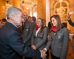 29.01.2014, Hofburg, Wien, AUT, Sochi 2014, Vereidigung OeOC, im Bild Bundespräsident Heinz Fischer, Claudia Riegler und Julia Dujmovits // Austrians President Heinz Fischer, Claudia Riegler and Julia Dujmovits during the swearing-in of the Austrian National Olympic Committee for Sochi 2014 at the  Hofburg in Vienna, Austria on 2014/01/29. EXPA Pictures © 2014, PhotoCredit: EXPA/ JFK