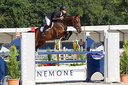 Greve Willem, (NED), Formidable<br /> Finale 5 jarige springpaarden <br /> KWPN Paardendagen Ermelo 2015<br /> © Hippo Foto - Leanjo de Koster