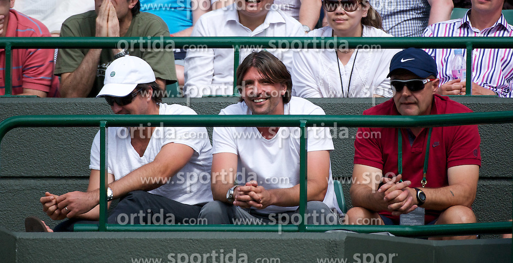 29.06.2011, Wimbledon, London, GBR, ATP World Tour, Wimbledon Tennis Championships, im Bild Bernard Tomic's mentor Goran Ivanisevic watches during the Gentlemen's Singles Quarter-Final match on day nine of the Wimbledon Lawn Tennis Championships at the All England Lawn Tennis and Croquet Club. EXPA Pictures © 2011, PhotoCredit: EXPA/ Propaganda/ David Rawcliffe +++++ ATTENTION - OUT OF ENGLAND/UK +++++