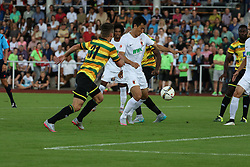 26.07.2015, Prien am Chiemsee, GER, Testspiel, FC Augsburg vs Norwich City, im Bild Torchance fuer Dong-Won Ji (FC Augsburg #22), Harry Toffolo (Norwich City FC, 31) // during the International Friendly Football Match between FC Augsburg and Norwich City in Prien am Chiemsee, Germany on 2015/07/26. EXPA Pictures © 2015, PhotoCredit: EXPA/ Eibner-Pressefoto/ Krieger<br /> <br /> *****ATTENTION - OUT of GER*****