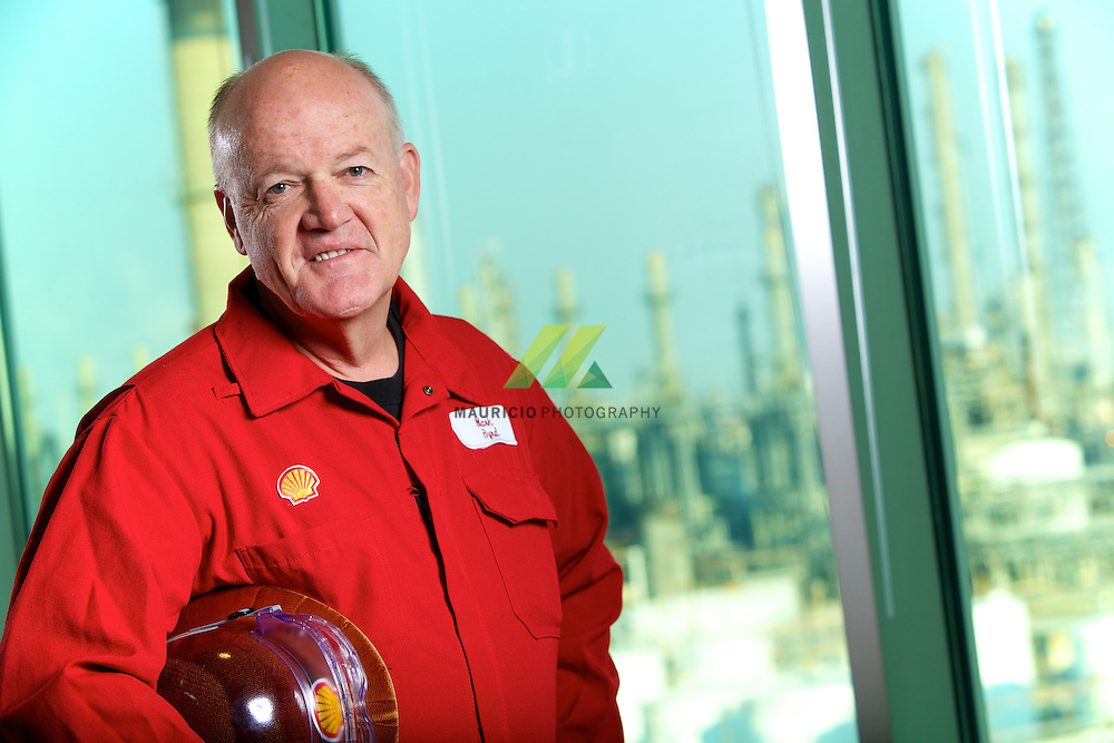 After joining Shell Pipeline Corporation as an engineer in 1983, Mark held a succession of increasingly responsible technical, management and strategy positions within Shell Pipeline, Motiva and Shell Oil Products. Mark joined Manufacturing in 2003 as an Assistant Plant Manager/Manager Sustainable Development at the Motiva Delaware City Refinery. Mark became General Manager at the Mobile Chemical Plant in 2004 before assuming the HSSE Vice President role in 2007.