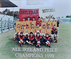 Castlebar Mitchels 1999 All Ireland Feile Champions, pictured in Ennis.<br /> <br /> No Credit.