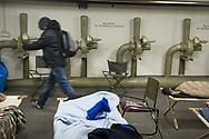 Hals über Kopf hat der Senat<br />Anfang Dezember weitere<br />Notschlafpl&auml;tze für Obdachlose<br />bereitgestellt &ndash; in einem Weltkriegsbunker.