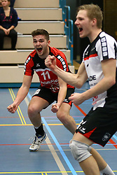 20160130 NED: Volleybal: Inter Rijswijk - Prins VCV, Rijswijk <br />Jesse Kling, Prins VCV viert de overwinning.
