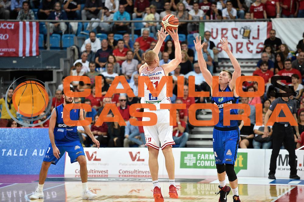 Zavackas Donatas<br /> Consultinvest Pesaro - Germani Basket Brescia<br /> BASKET Serie A 2016 <br /> Pesaro 02/10/2016 <br /> FOTO CIAMILLO