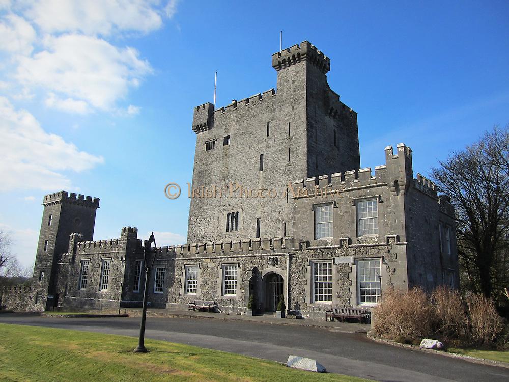 Knappogue Castle, Quin, Clare – 1467,